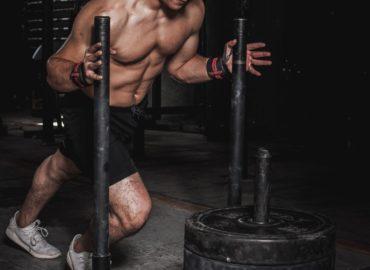 Jak HMB wpływa na ciało sportowca?