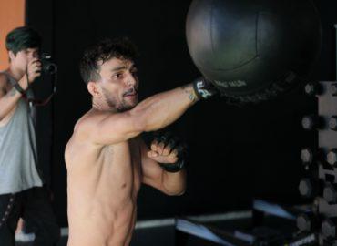 Czy HMB wpływa na ciało sportowca?